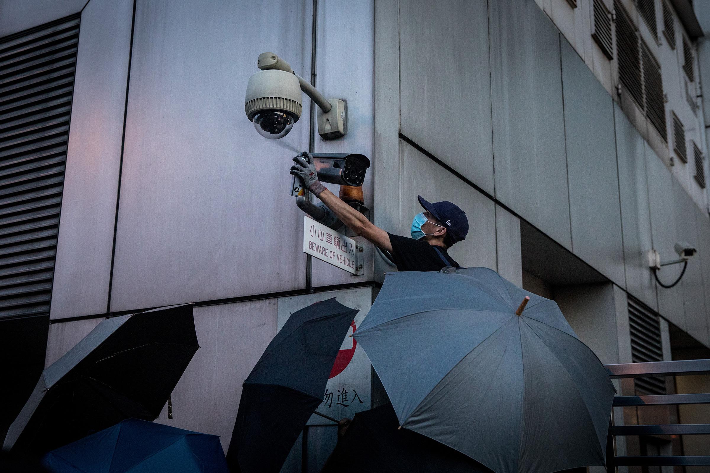 Can you mount a camera recording a public street?